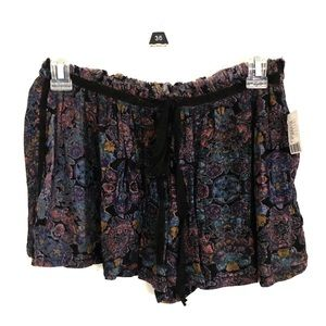 UO Floral Shorts